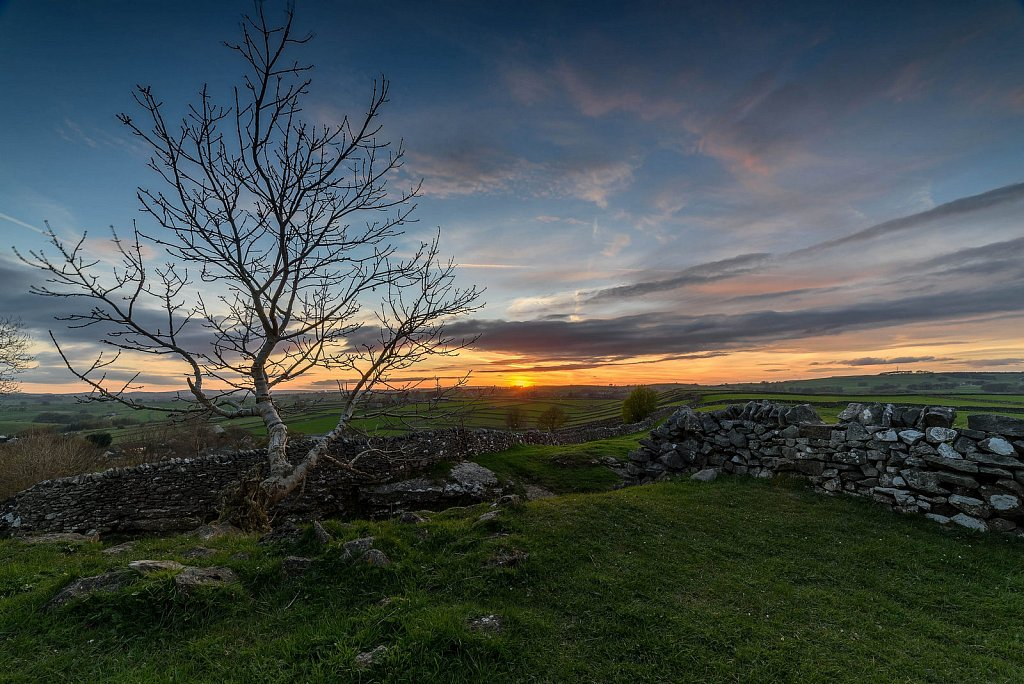 Sunset on LItton Edge - Peak District